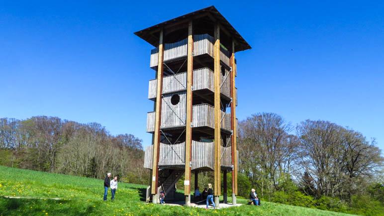 Vier Etagen hoch ist der Aussichtsturm