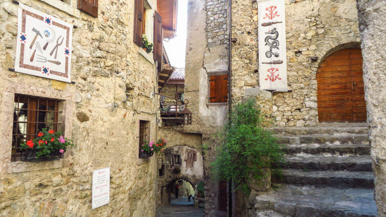 Das mittelalterliche Dorf Canale di Tenno