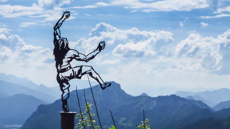 Der Himmelskletterer an der Gipfelstation der Rauschbergbahn