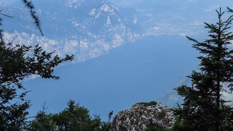 Der Blick auf den nördlichen Gardasee mit Riva del Garda