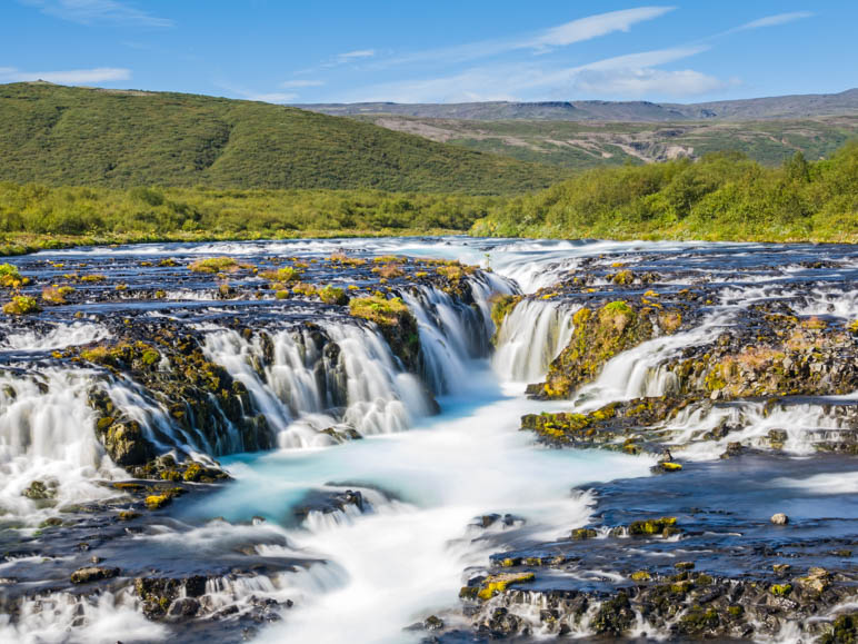 Der Bruarfoss, manche sagen, er sei der schönste Wasserfall von ganz Island. Auf jeden Fall ist er gut versteckt