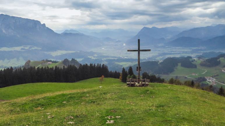 Blick auf Kufstein und das Inntal am Aussichtspunkt Schöne Aussicht
