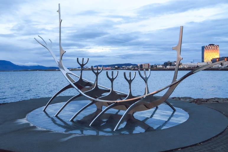 Das Sonnenschiff Sólfar in Reykjavik