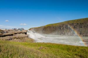 Der Hvítá und der Fels an den Wasserfällen