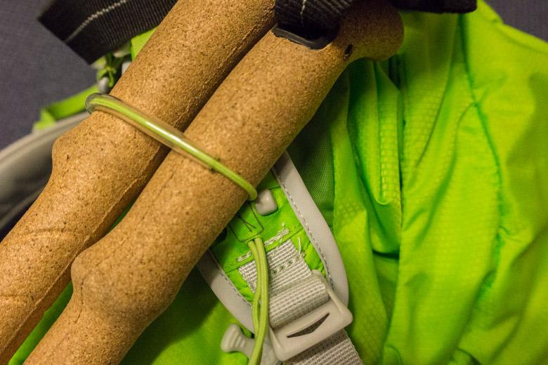 Stow-on-the-Go, die simple und praktische Halterung für Stöcke
