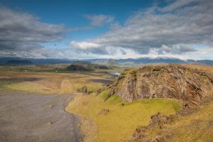 Der Blick vom Dyrhólaey auf den Myrdalsjökull