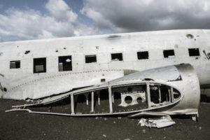 Das Flugzeug hat keine Tragflächen mehr