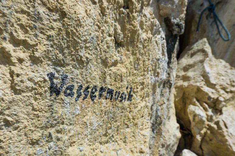 Ein passender Name für eine Kletterroute direkt am Wasserfall
