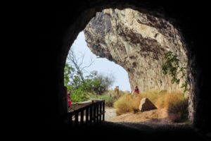 Ein Blick aus dem Tunnel auf die Ponale