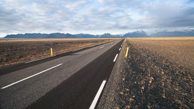 Auf der Ringstraße durch das Gebiet des Skeiðarársandur