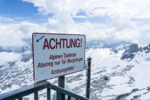 Achtung! Alpines Gelände