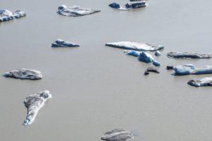Eisschollen auf dem Gletschersee