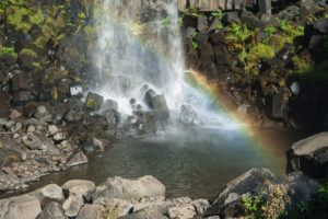 Auch am Svartifoss sehen wir einen Regenbogen