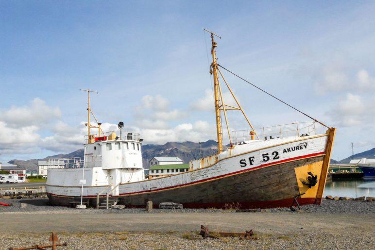 DIe AF 52 Akurey liegt auf dem Trockenen und kann besichtigt werden