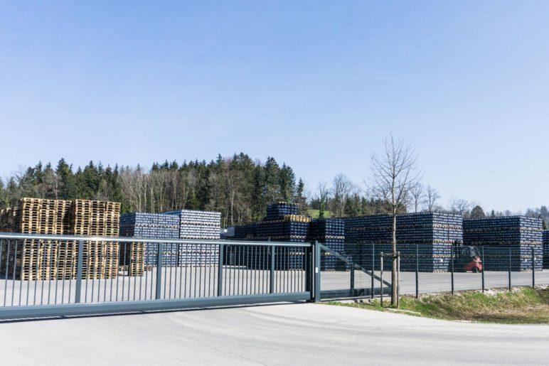 Das Freiluft-Lager der Adelholzener Alpenquellen