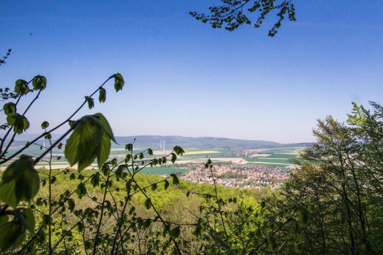 Der Blick vom Fahnenstein auf Coppenbrügge