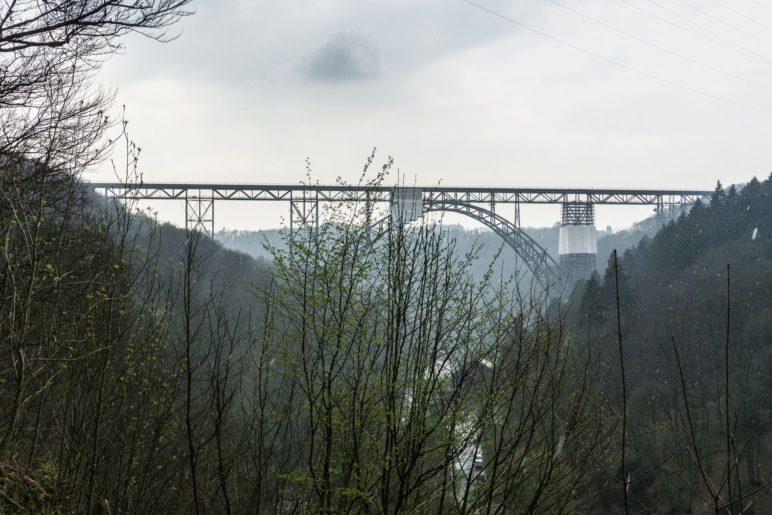 Der Blick vom Diederichstempel zur Müngstener Brücke