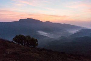 Noch ist es ziemlich dunkel hier in den Pushpagiri Hills