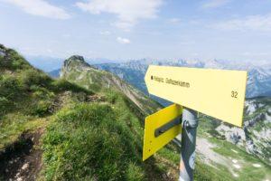 Der Abzweig über den Dalfazer Kamm zur Rotspitze