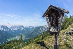 Das Durrakreuz am Weg von der Erfurter Hütte zur Dalfazalm