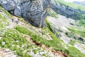 Der steile Abstieg von der Hochiss