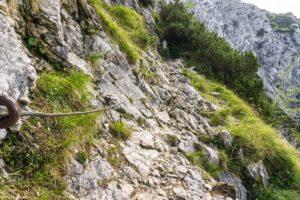 Seilversicherter Weg knapp unterhalb des Huipfleitenjochs