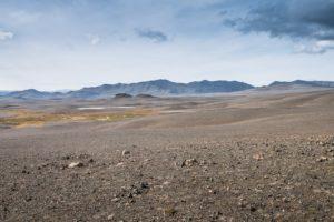Karge Berge am Rand der Steinwüste