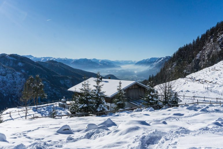 Der Ausblick von der Ritzau-Alm ins Inntal und nach Kufstein