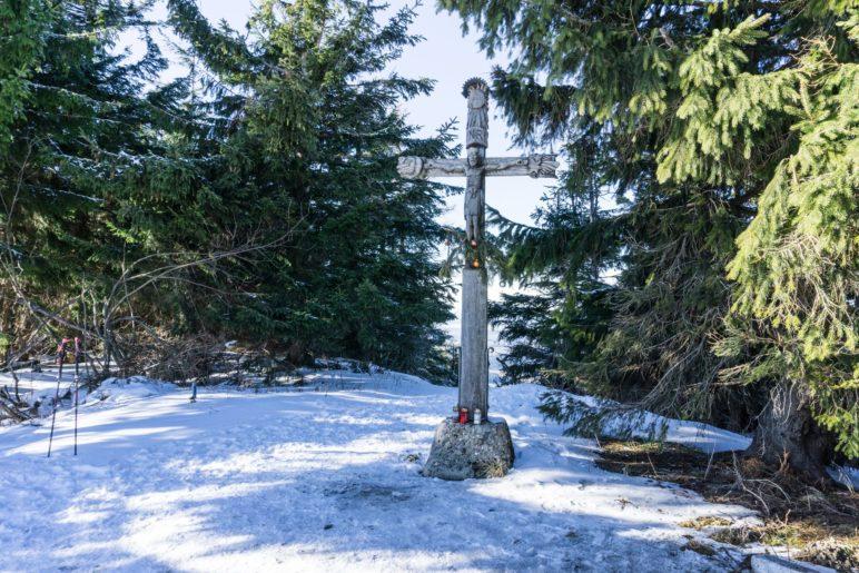 """Das Gipfelkreuz der """"Schneid"""" am Teisenberg"""