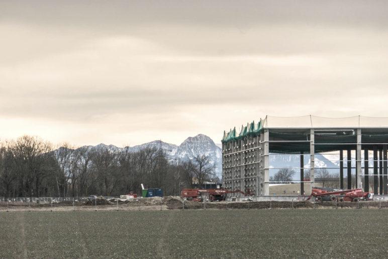 Blick auf den Wendelstein vom Bahnhof Grub aus