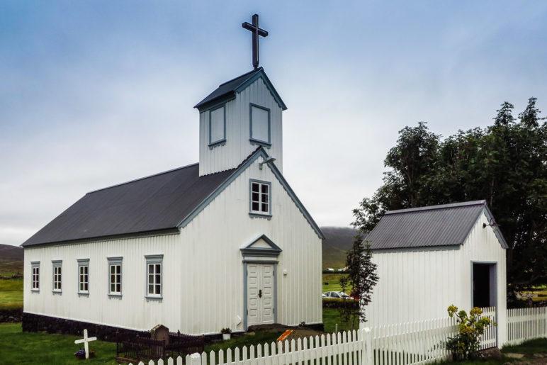 Die Holzkirche von Grenjaðarstaður aus dem Jahr 1865