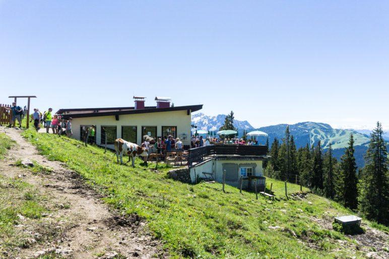 Die Panorama-Wirtschaft an der Bergstation des Nostalgielifts