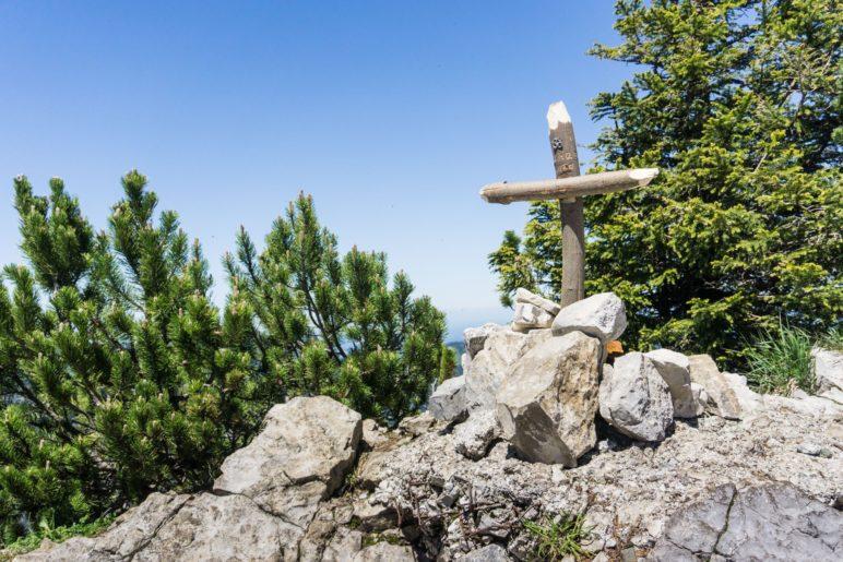 Das provisorische Dürrnbachhorn-Gipfelkreuz