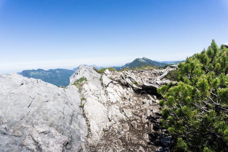 Halb so wild: Der Aufstieg an der Kante entlang