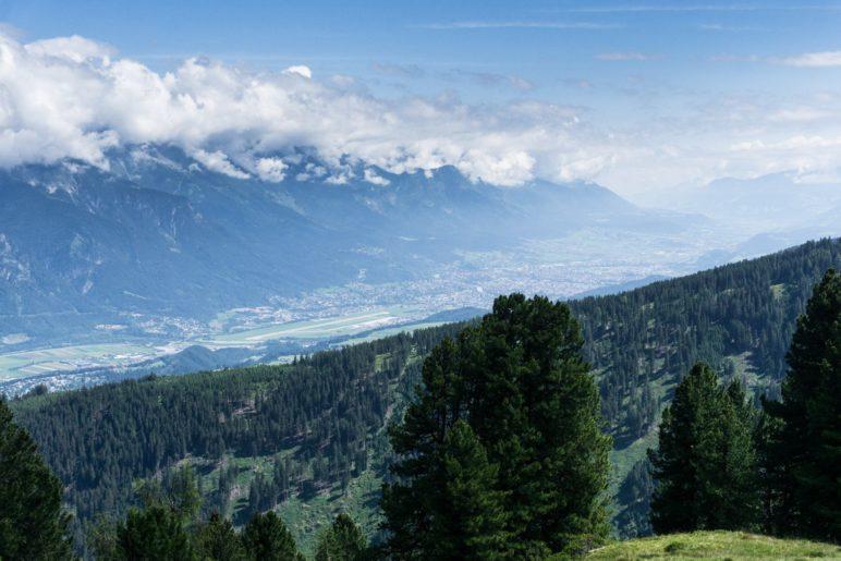 Der erste Blick auf das Inntal und die Stadt Innsbruck