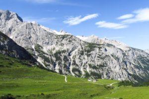 Karwendelhaus und Lochalm