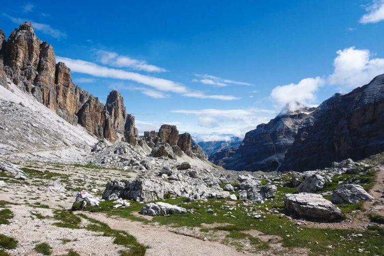 Panorama kurz hinter der Forcella Travenànzes - Foto: Romy Robst