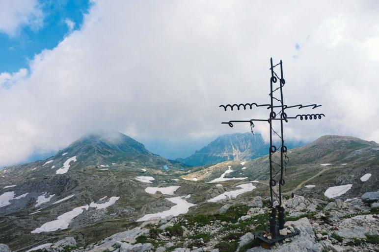 Das Gipfelkreuz des Dente Italiano - Foto: Romy Robst