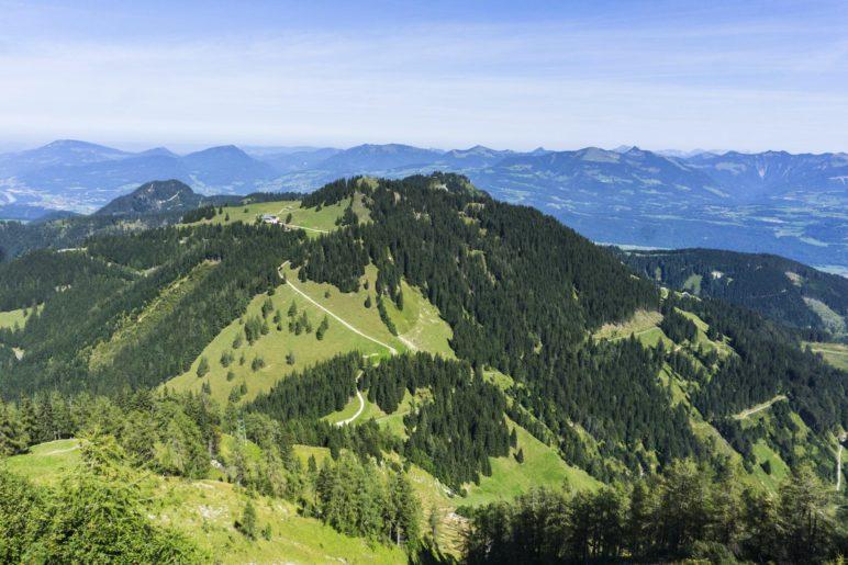 Ein Blick hinüber zum Roßfeld und dem Abstiegsweg zum Eckersattel