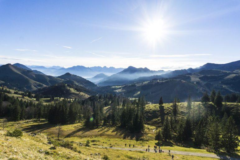 Schon im Aufstieg haben wir einen tollen Alpenblick