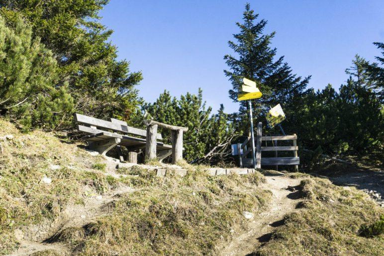 Ab dem Bankerl beginnt der schwierigere Teil der Wanderung, der zum Gipfel des Wildalpjochs führt