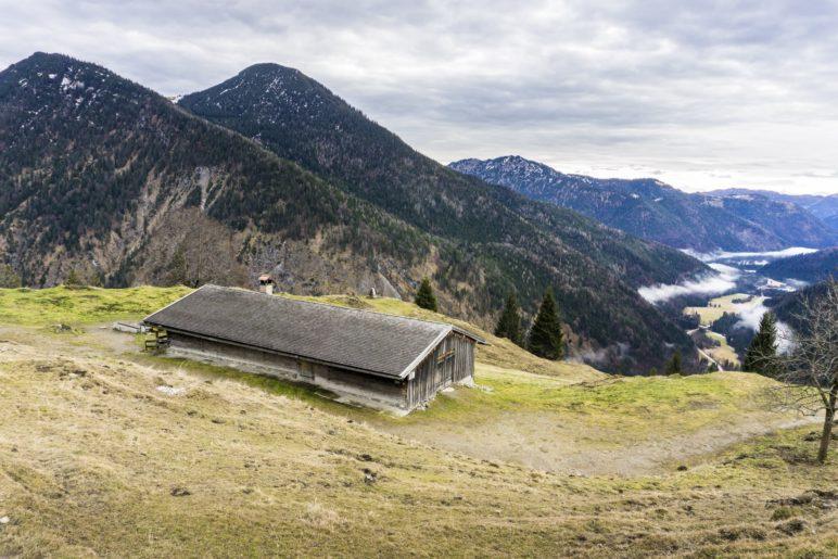 Kleiner und Großer Traithen, das Ursprungtal und die Neuhüttenalm