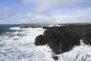 Die Küste bei Brimketill an der Südwestküste der Halbinsel Reykjanes
