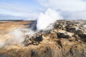 Eine faszinierend unwirtliche Gegend: Das Geothermalgebiet Gunnuhver