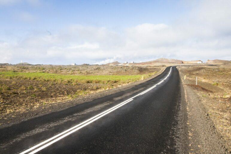 Auf der Straße 425, die um die Südwestküste von Reykjanes führt