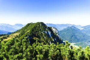 Westlich der Hörndlwand sehen wir direkt zum zweiten Gipfelziel, dem Gurnwandkopf